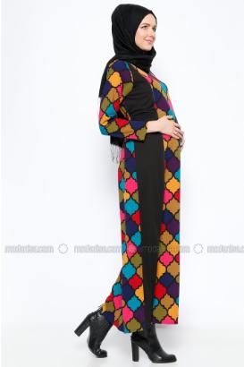 Hamile Giyim Ürünleri İle Konforu Yaşayın