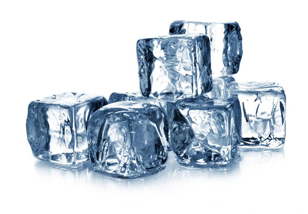 Buz küpüyle yapabileceğiniz 10 seksi şey 16